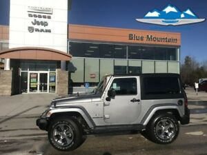 2016 Jeep Wrangler Sahara  ACCIDENT FREE LOCAL TRADE WITH WARRAN