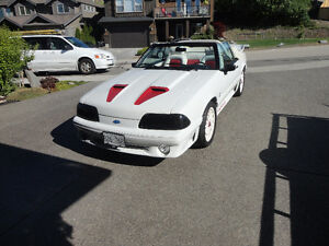 Mustang GT Convertible 5 liter 5 speed one of a kind!!