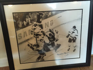 Bobby Orr autographed framed West Island Greater Montréal image 1