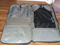 valise pour habit et autre