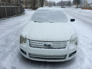 FORD FUSION V6.   2006.  AUTOMATIC. 4. DOORS