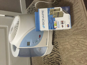 Humidifier and 2 Filters