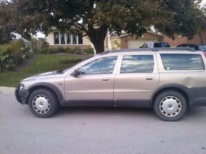 2001 Volvo XC70 Wagon parts car REDUCED Cambridge Kitchener Area image 2