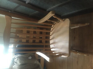 3 chaises berçantes