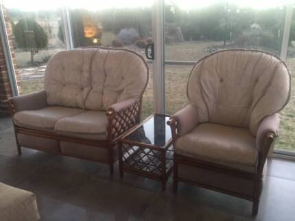 Wicker cane lounge setting need a quick sale