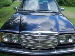 Mercedes-Benz 300 D - Turbo Diesel - Berline - 1983