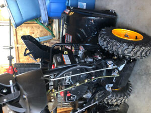 Snow Blower  - barely used 4sale