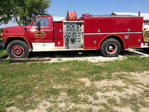 1982 F-800 PUMPER FIRE TRUCK FROM NC