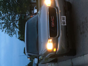 2000 GMC Sierra 2500 SLE Pickup Truck