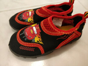 2 pairs of Kids water shoes - Toddler size 7 / 8  NEW