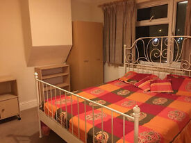 super large double room in hayes near brunel,----- - ub4 still available