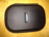 Brand New, Hardly used BOSE QC25 BLACK NOISE CANCELING HEADPHONES £200