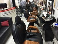 Unisex salon on Kensington for rent chairs to let £150 pw