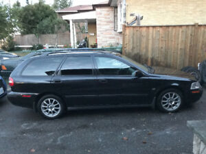2004 Volvo V40 Wagon great shape, Certified!