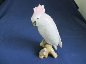 Vtg ROYAL DUX porcelain Czech Republic Perroquet / Parrot