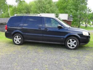 2006 chevy uplander mini van