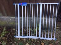 Extra wide Lindam stair gate