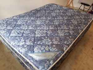Queen Size Mattress & Bedside Drawer in Good Condition