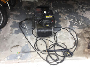 SELLING KARCHER POWER WASHER