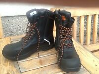 Endurance safety boots size 10