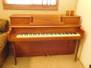 Antique Handel by Willis upright piano