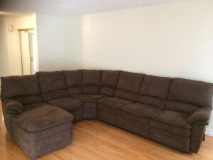 Elran Sectional Sofa