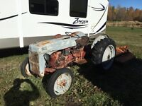1948 Fordson 2n tractor and cutting mower