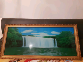 A Glass Painting Picture with the sound