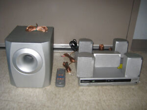 Sears Home Theatre System (8 Pieces).