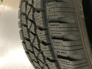 225/50/17 Arctic Claw Winter Tires