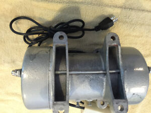 Concrete Vibration Vibrator Motor Tools and Equipment BRAND NEW Peterborough Peterborough Area image 4