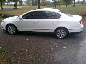 2007 Volkswagen Passat Sedan with Damaged Engine - $800 obo