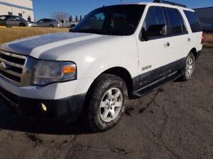2007 Ford Expedition XLT 4x4  8 PASSENGER 4700.00