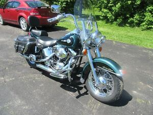 2002  HERITAGE  SOFTAIL  IN NEW COND ONLY 13000 KM