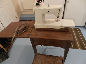 Singer Sewing Machine, Sewing Table & Chair$105 OBO