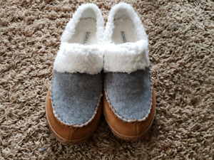 NEW Ladies Sorel House-Shoes / Slippers