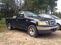 Two complete 1999/2000 F150 Trucks parting out