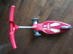Trottinette 3 roues Radio Flyer
