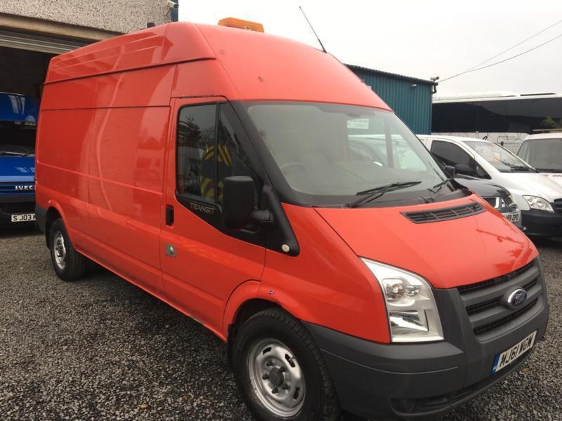 7c5eefc740 Ford Transit 2.4TDCi Mobiel workshop t350LWB with 110 v power supply