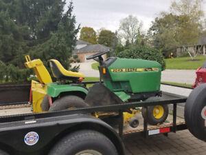 Snowblower tractor John Deere