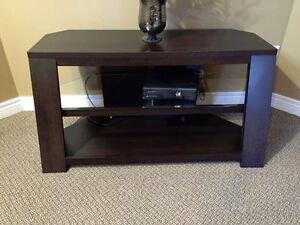 Mint Condition TV Table / Stand / Entertainment units