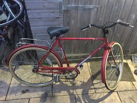 Gents Vintage Town Bike. Serviced, Free Lock/Lights/Delivery