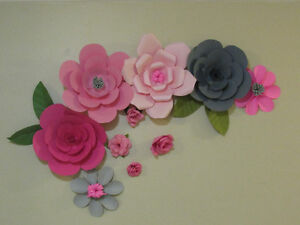 Baby room decor (paper flowers)