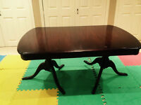Stunning Dining Room Table with Pedestal Base