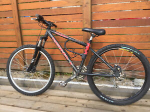 "KONA CALDERA - 27 SPEED 15"" EXCELLENT SHAPE"