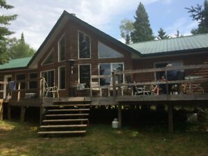 LAKE OF THE WOODS 3 BEDROOM OFF GRID ISLAND COTTAGE