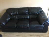BLACK FULL LEATHER 3 -1 -1 SOFA SET - SUITE COLLECTION ONLY