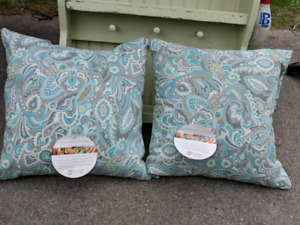 (2) brand-new (tags on) outdoor, decorative throw pillows