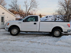 SOLD Ford F150 RWD, Long box, LOW KMS!! SOLD