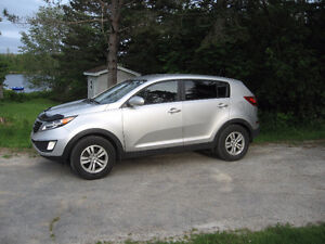 2013 Kia Sportage LX, Great SUV, New MVI
